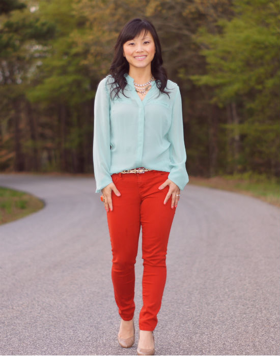 mint and rust, mint pairing, what to wear with mint, orange colored jeans