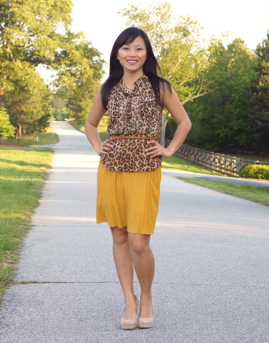 old navy leopard blouse, leopard print blouse, sheer blouse, sleeveless blouse, belted blouse, how to wear dress as skirt